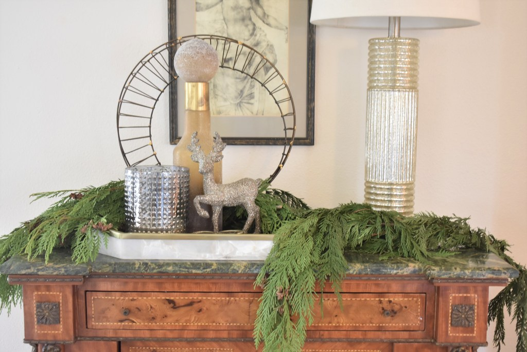Christmas Vignette for my Gold and Silver Snowflake Christmas Table Setting - Home with Holliaday