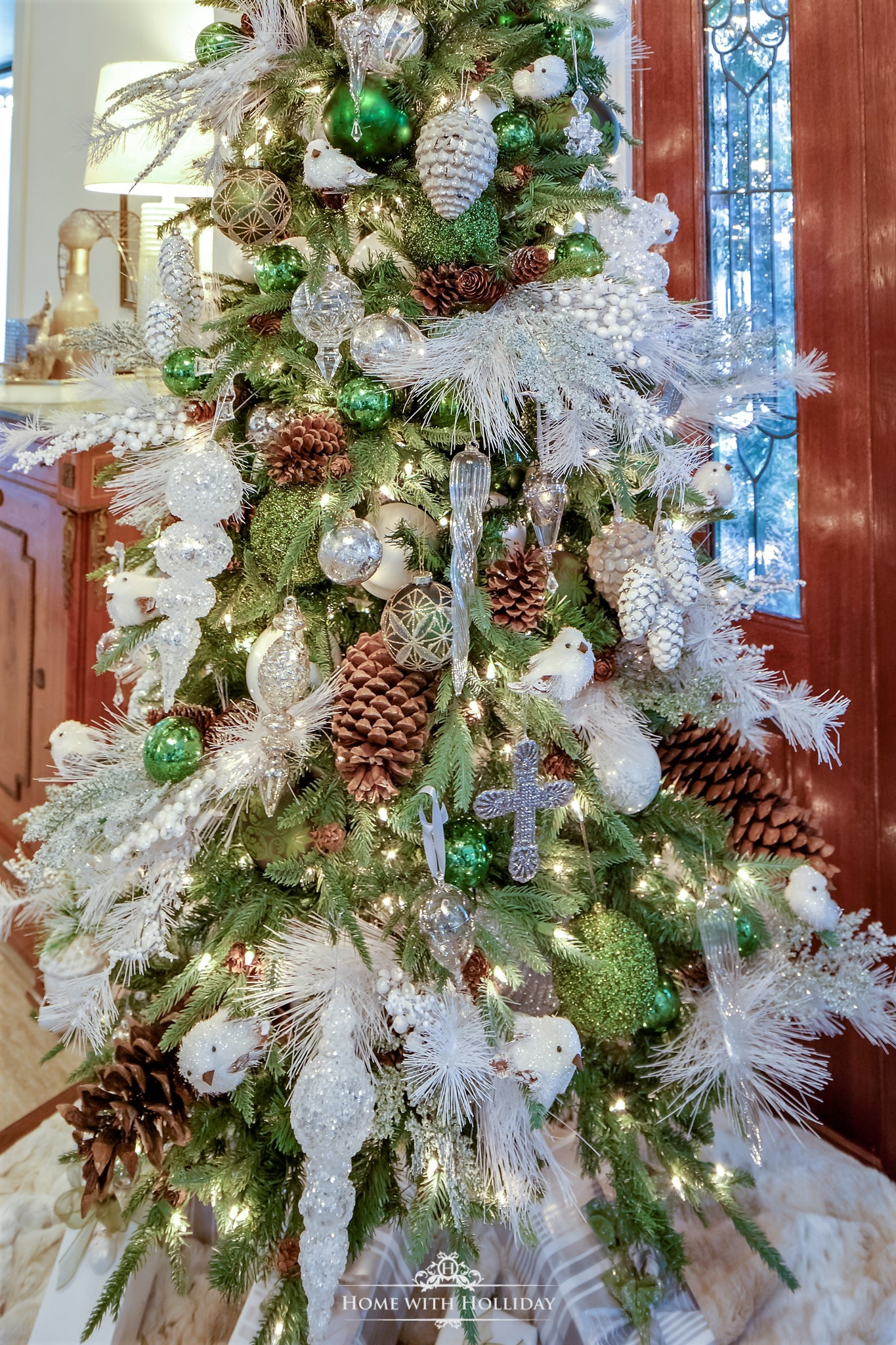 My Christmas Home Tour - Green and White Winter Christmas Tree - Home with Holliday