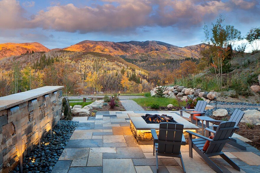 Boulder Ridge Mountain Retreat Featuring Contemporary Elegance on Mountain Backyard Ideas  id=83347