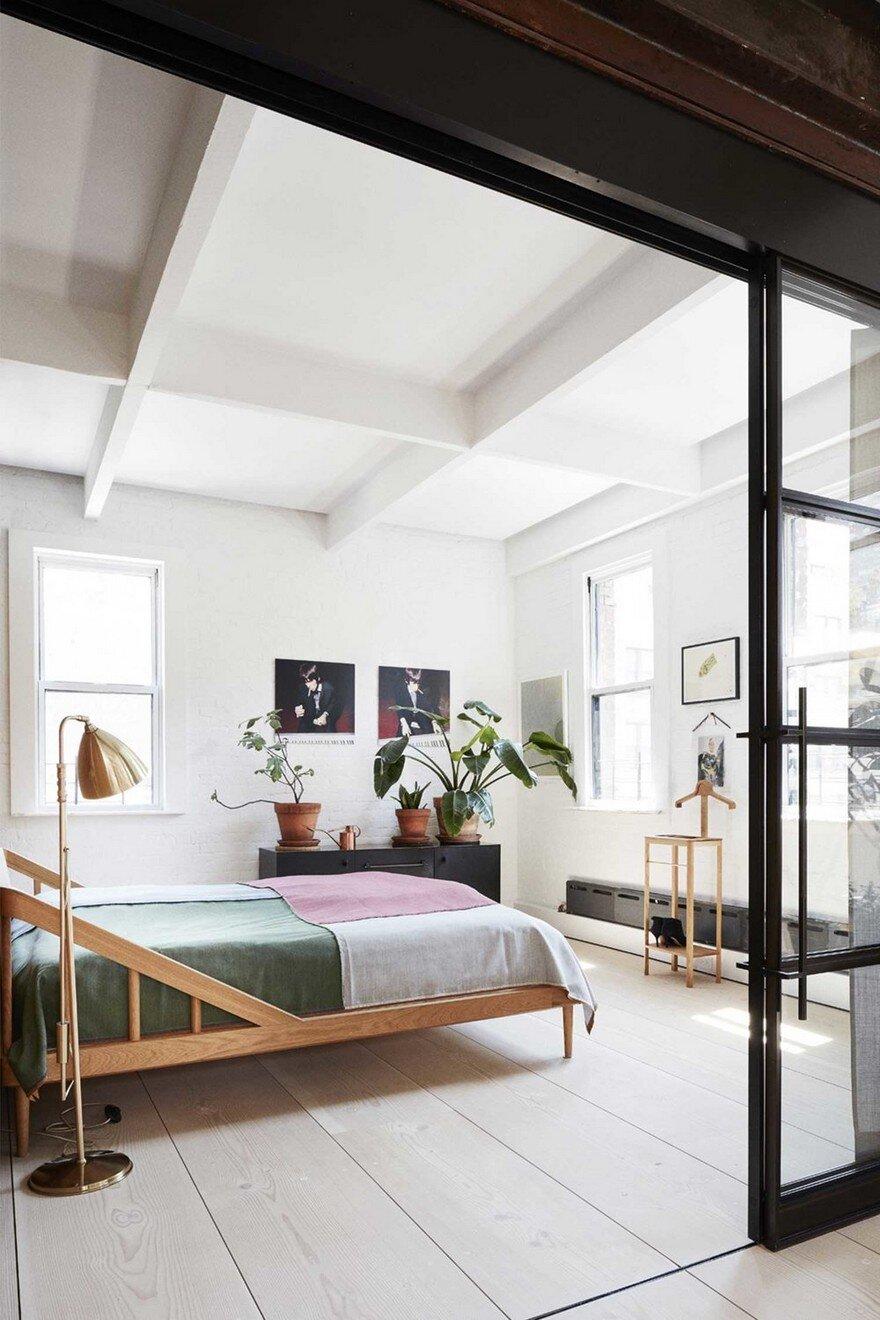 Scandinavian Minimalism Meets the Rough Aesthetics in ... on Minimalist:btlhhlwsf8I= Bedroom Design  id=80270
