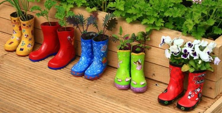Diy recycle and upcycle for garden landscape 9 (source pinterest.com)