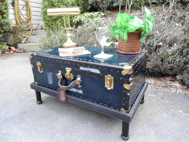 Add a wooden base and legs to raise the trunk to a coffee table height. |  Coffee table trunk, Coffee table redo, Trunk redo