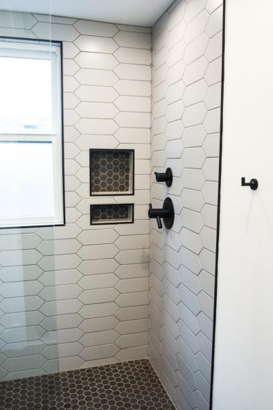 https://decoratedlife.com/wp-content/uploads/2020/05/Add-Contrasting-Tiles-for-Built-In-Shelves-682x1024.jpg