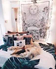Afordable Livingroom Summer Decoration 01