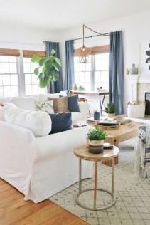 Afordable Livingroom Summer Decoration 29