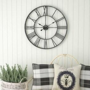 Amazing Ancient Clock At Llivingroom 03