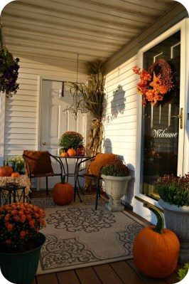 Amazing And Cozy Porch You Can Copy 16