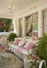 Amazing And Cozy Porch You Can Copy 20