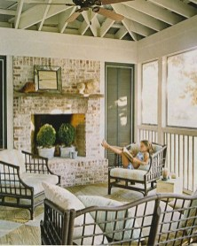 Amazing And Cozy Porch You Can Copy 36