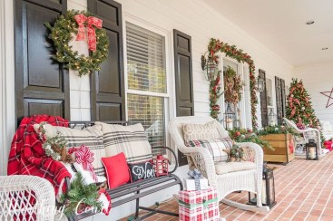 Amazing And Cozy Porch You Can Copy 43
