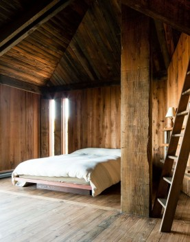 Unique Wooden Attic Ideas 41