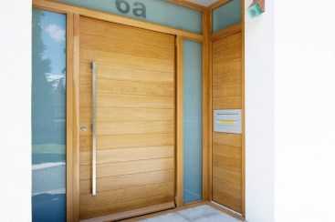 Amazing Contemporary Urban Front Doors Inspiration 38