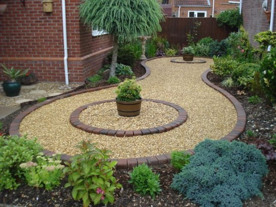 Amazing Low Maintenance Garden Landscaping Ideas 19