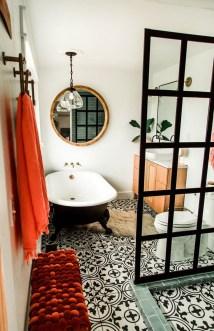Amazing Modern Small Bathroom Design Ideas 02