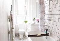 Amazing Modern Small Bathroom Design Ideas 35