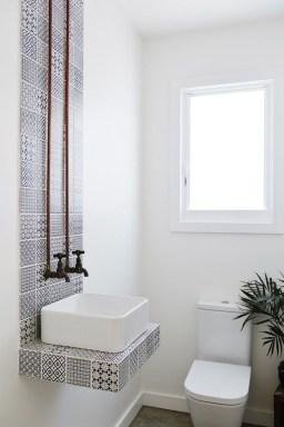 Amazing Modern Small Bathroom Design Ideas 39