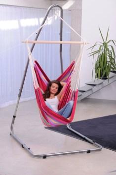 Amazing Relaxable Indoor Swing Chair Design Ideas 33