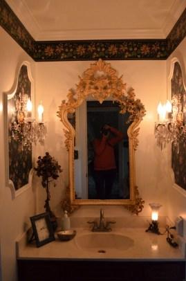 Awesome Country Mirror Bathroom Decor Ideas 38