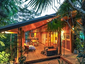 Awesome Treehouse Masters Design Ideas Will Make Dream 41