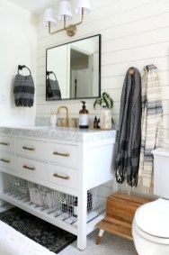 Cozy Wooden Bathroom Designs Ideas 21