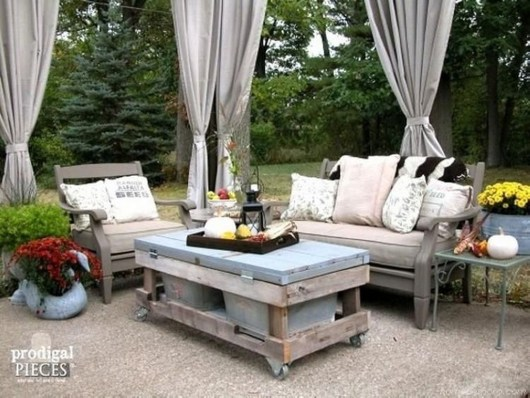 Creative Small Patio Design Ideas 24