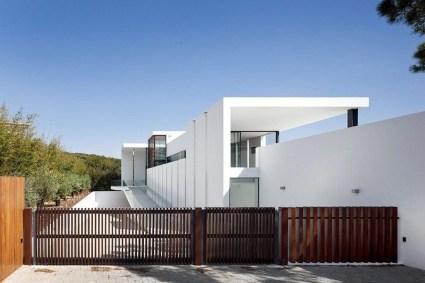 Inspiring Modern Home Gates Design Ideas 13