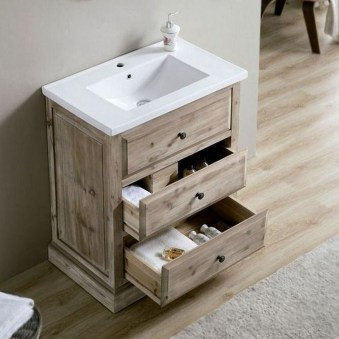 Inspiring Rustic Small Bathroom Wood Decor Design 08