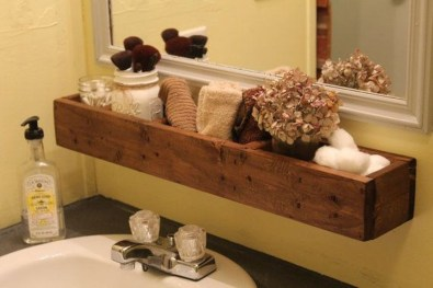 Inspiring Rustic Small Bathroom Wood Decor Design 20