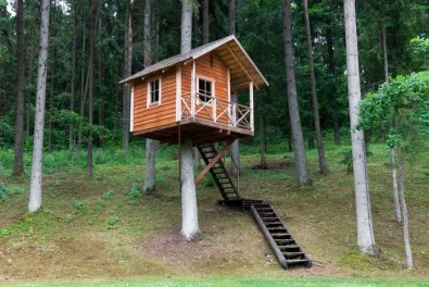 Inspiring Simple Diy Treehouse Kids Play Ideas 15