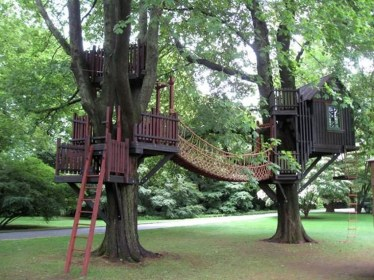 Inspiring Simple Diy Treehouse Kids Play Ideas 46