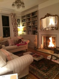Lovely And Cozy Livingroom Ideas 16