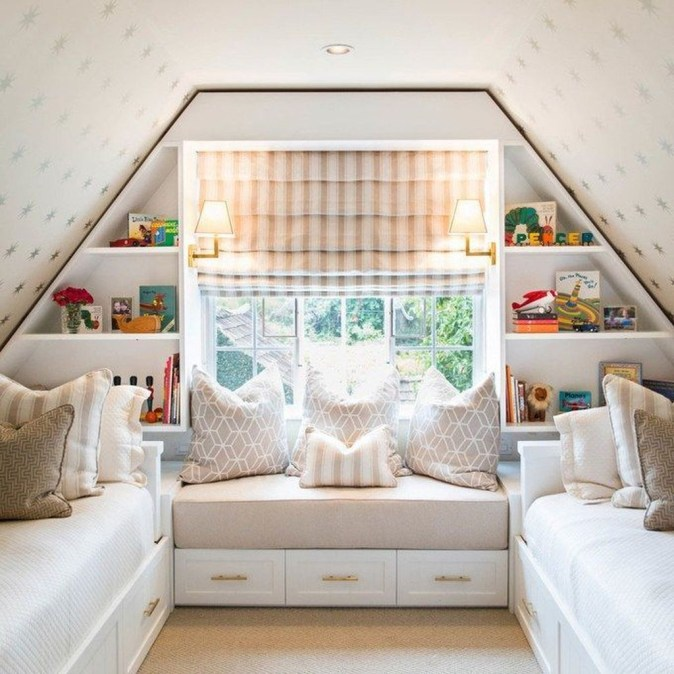 Awesome Traditional Attic You Can Try01