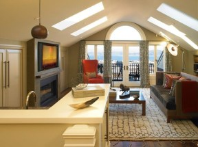 Awesome Traditional Attic You Can Try38