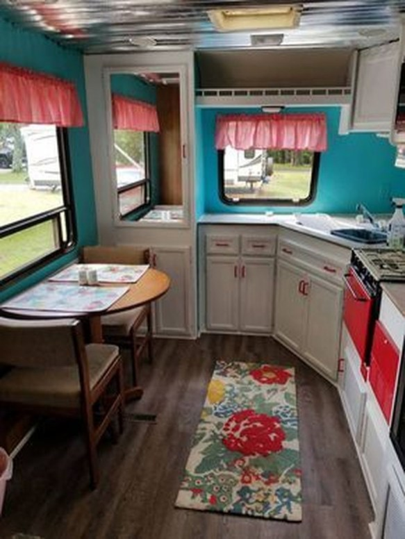Fantastic Rv Camper Interior Ideas06