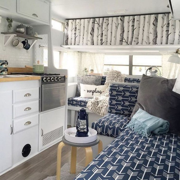 Fantastic Rv Camper Interior Ideas18