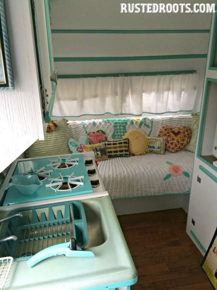 Fantastic Rv Camper Interior Ideas31