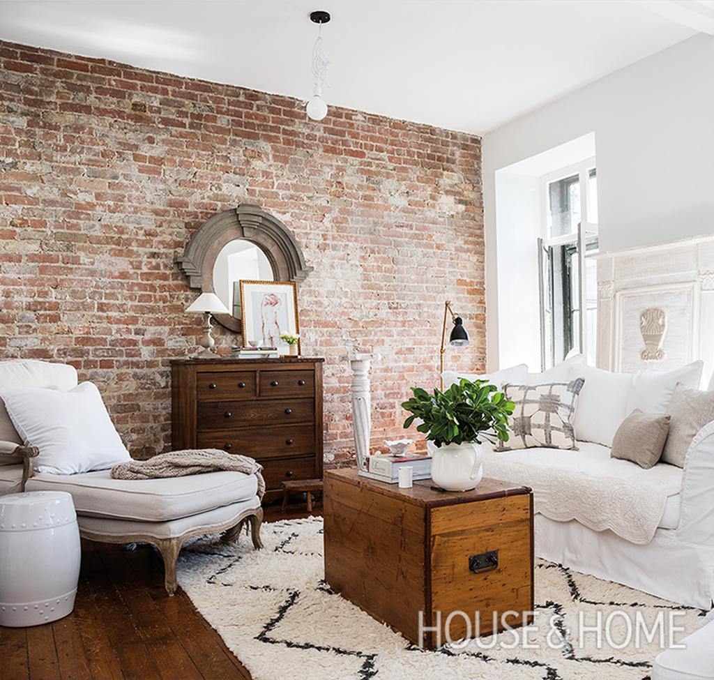 48 Ispiring Rustic Elegant Exposed Brick Wall Ideas Living ... on Brick Wall Decorating Ideas  id=51063