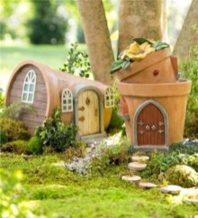 Stunning Fairy Garden Miniatures Project Ideas01
