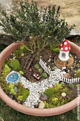 Stunning Fairy Garden Miniatures Project Ideas26
