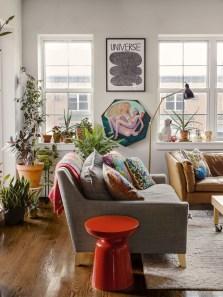 Amazing Small Apartment Living Room 10