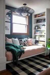 Amazing Small Apartment Living Room 11