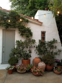 Awesome Front Door Planter Ideas32