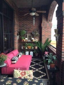 Awesome Small Balcony Garden Ideas12
