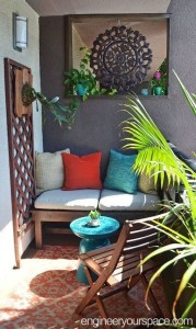 Awesome Small Balcony Garden Ideas23