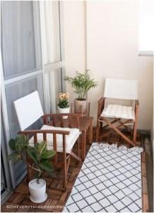 Awesome Small Balcony Garden Ideas30