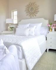 Elegant White Themed Bedroom Ideas07