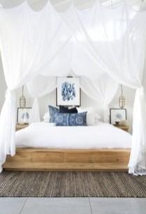 Elegant White Themed Bedroom Ideas40