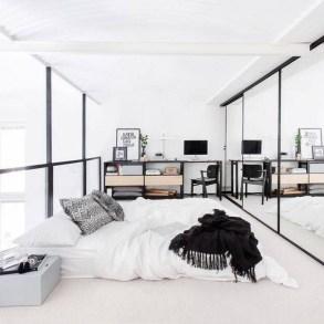Elegant White Themed Bedroom Ideas43