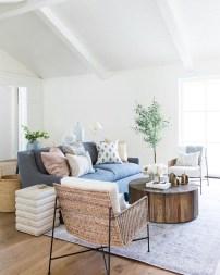 Fabulous Modern Minimalist Living Room Ideas05