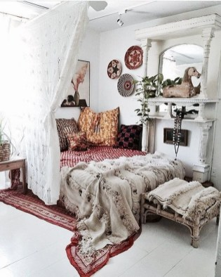 Inspiring Vintage Bohemian Bedroom Decorations07